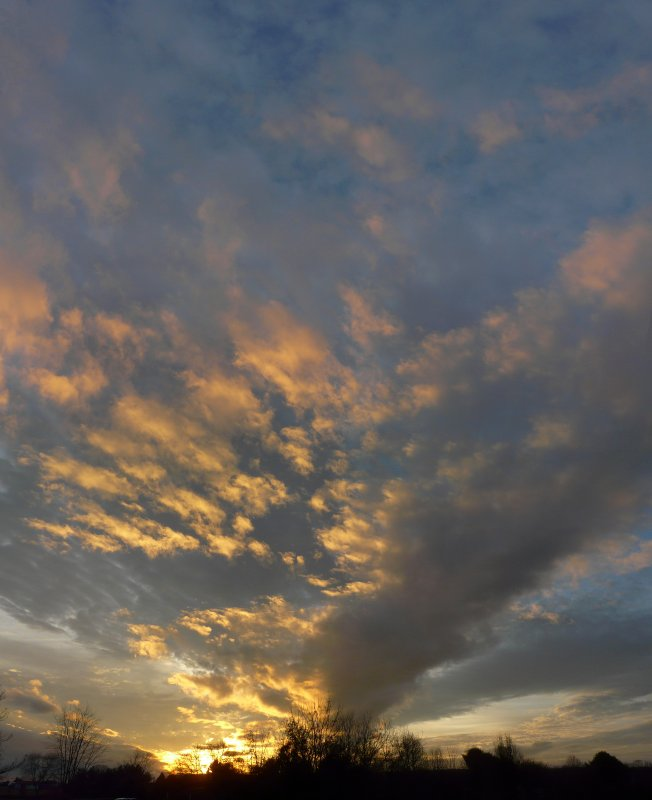 Vertical panorama of the sunset - The DMC-FZ18, a sunset,  and a glass of beer - Tony Karp, design, art, photography, techno-impressionist, techno-impressionism, aerial photography , drone , drones , dji , mavic pro , video , 3D printing - Books -